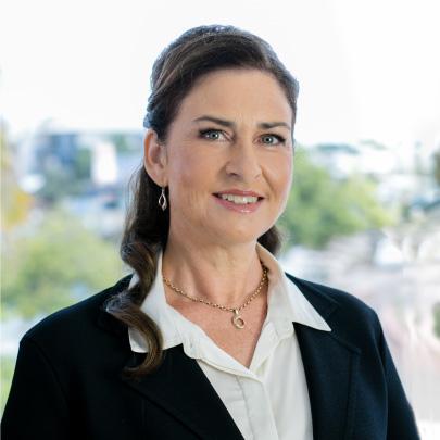Leonie McKain